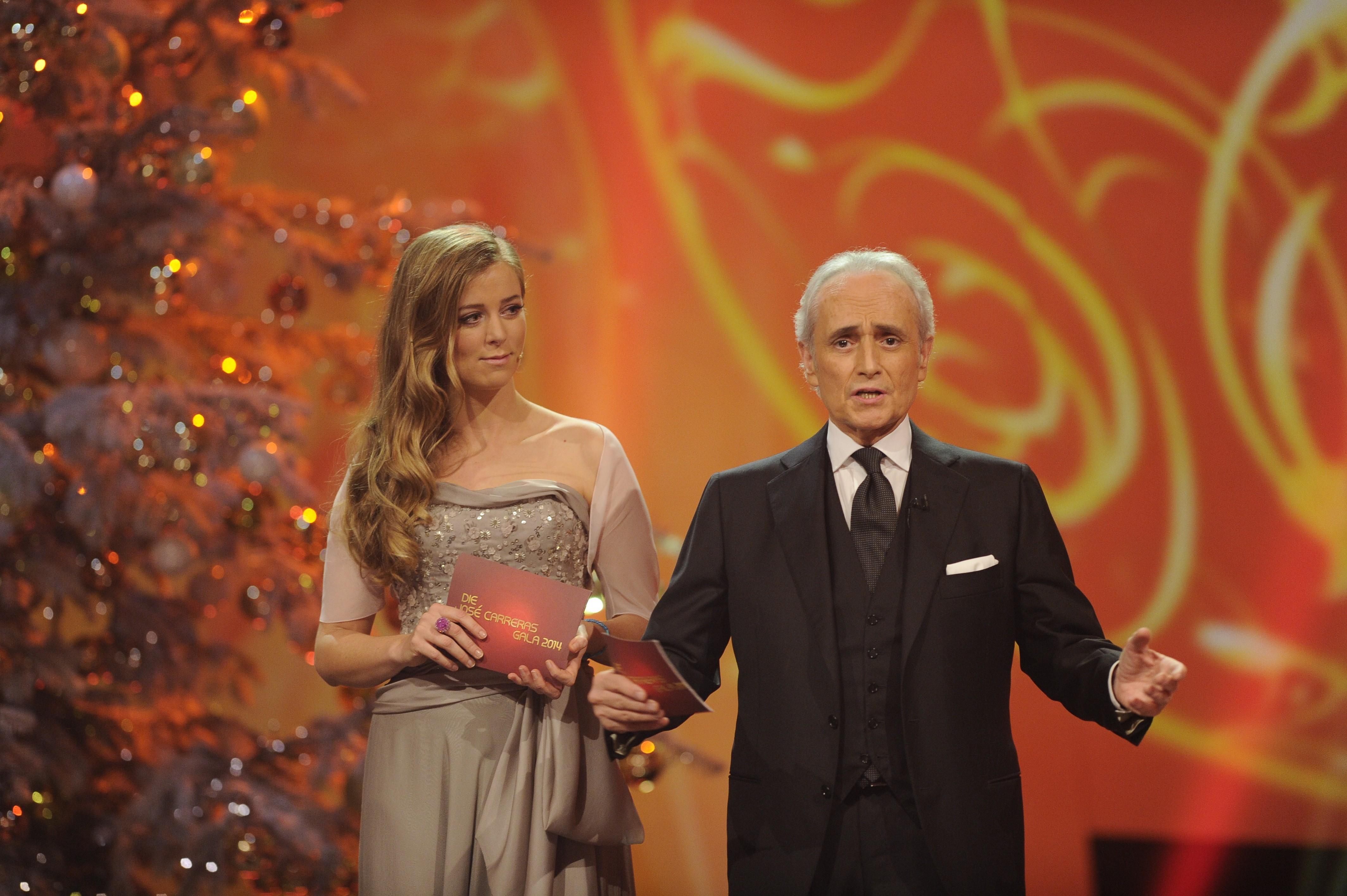 Ο David Garret στο σκηνικό του Gala του José Carreras </strong></p> <p><img data-count=