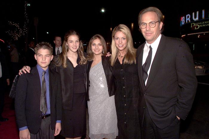 Kevin Costner glücklicher Vater insgesamt sieben Kinder zwei Ehen