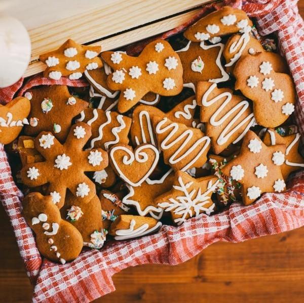 Lebkuchen Lebkuchenrezept leckere Pfefferkuchen ausstechen