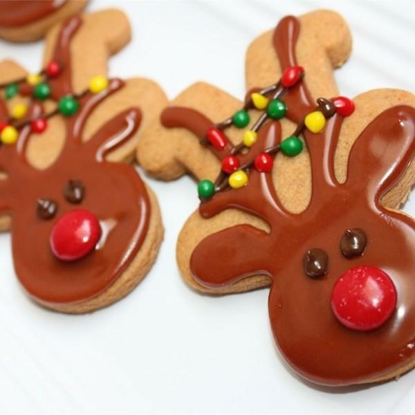 Lebkuchen Plätzchen Weihnachtshirsche Lebkuchenmann Rezept leckere Pfefferkuchen