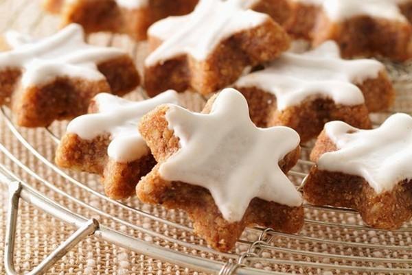 Lebkuchen backen Sterne Lebkuchenrezept Pfefferkuchen