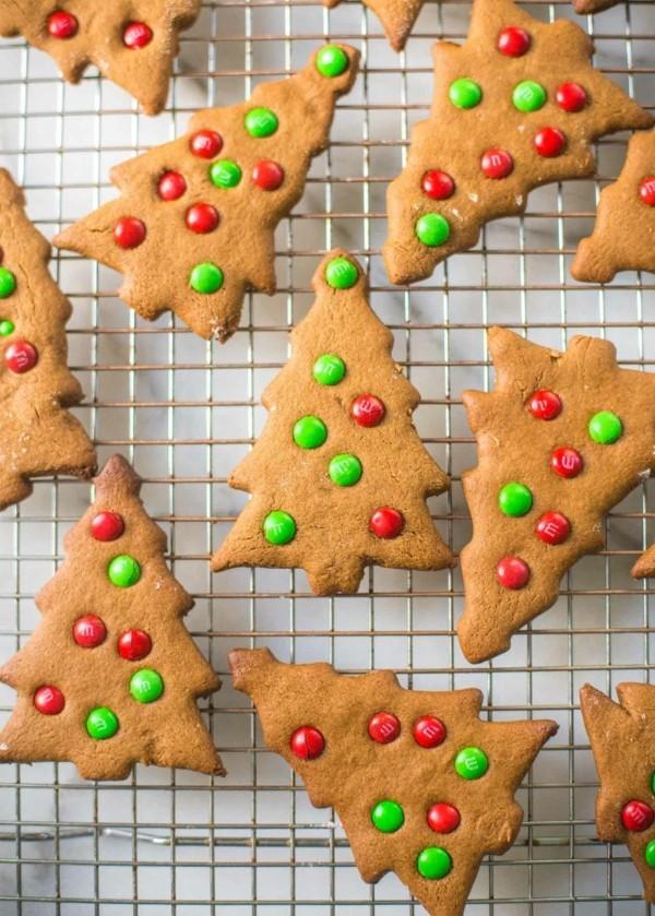 Lebkuchen backen Weihnachtsplätzchen Tannen Lebkuchenrezept Pfefferkuchen