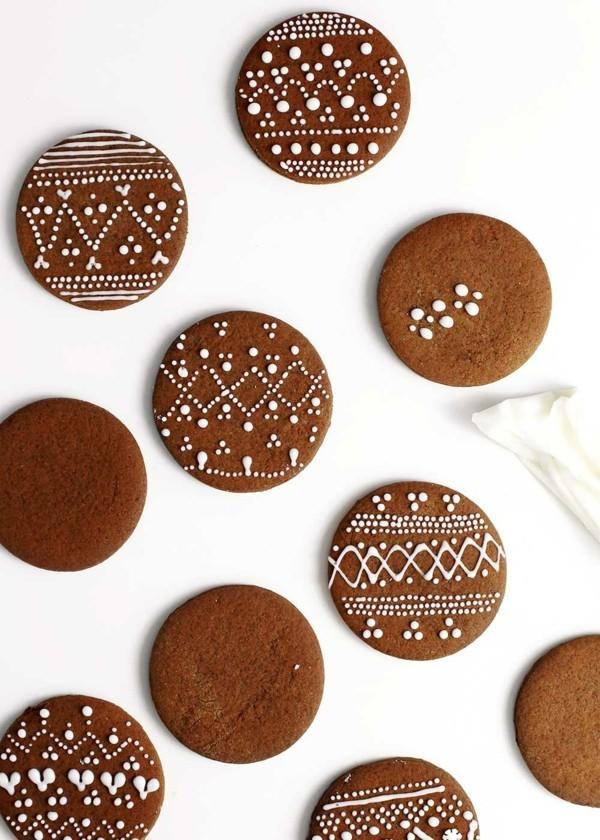 Lebkuchen zu Weihnachten Lebkuchenrezept Pfefferkuchen rund