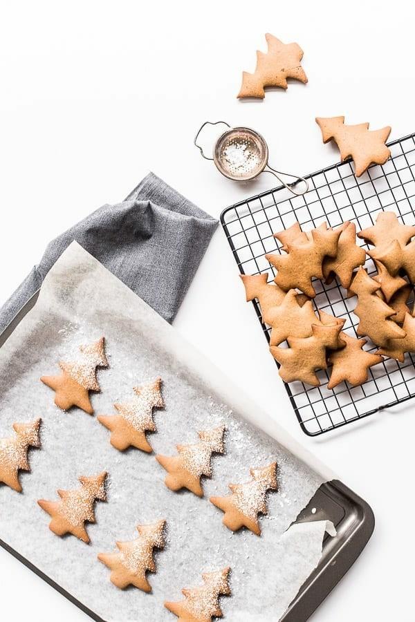 Lebkuchen zu Weihnachten Tannenbäume Lebkuchenrezept Pfefferkuchen