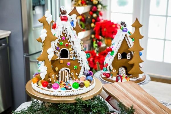 Lebkuchenhäuser aus Plätzchen Lebkuchenrezept Pfefferkuchen ausstechen