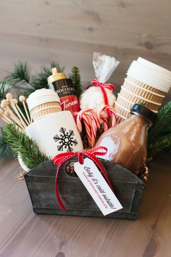 Milch und andere Produkte DIY Geschenkkorb