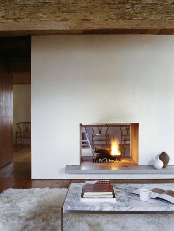 Moderne Kamine eingebauter doppelseitiger Kamin Wohnraum mit rustikalen Touches