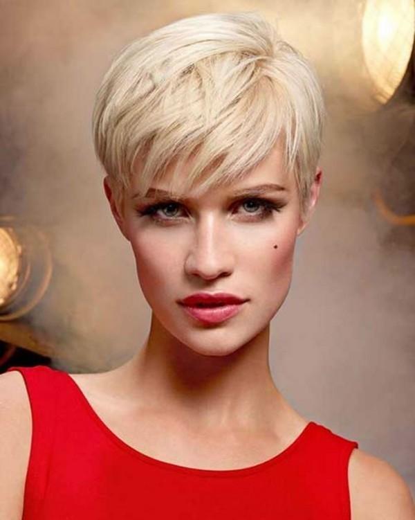 Pixie Frisur - blonde Haare - Damenfrisuren
