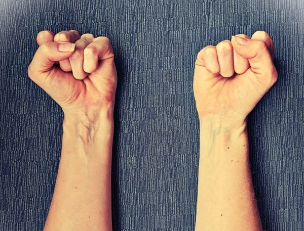 Progressive Muskelentspannung nach Jacobson Unterarm Hand
