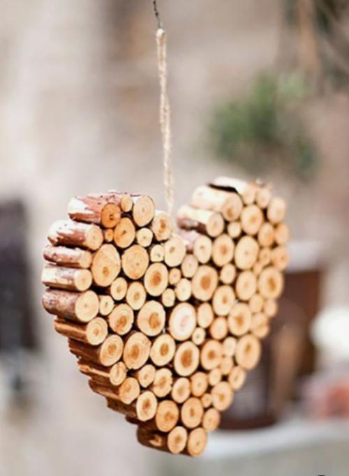 Rustikale Weihnachtsdeko Herz aus Holz Liebe Zuneigung ausdrücken
