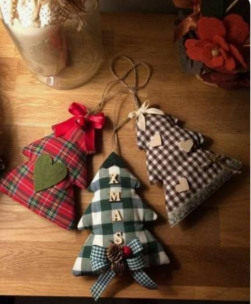 Rustikale Weihnachtsdeko kleine Beutel aus Stoffresten nähen mit getrockneten Kräutern füllen
