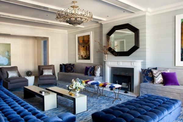 So können Sie Ihren eigenen Teppichboden verlegen moderne wohnung mit blauem teppichboden