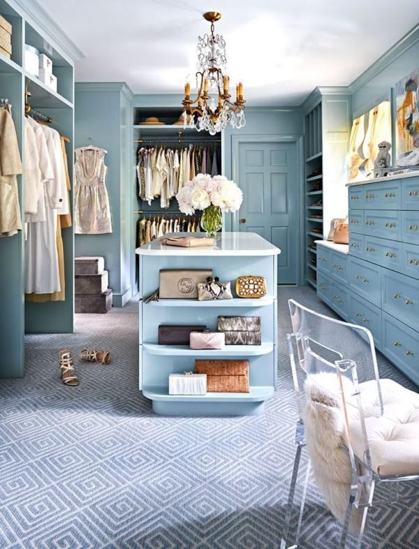 So können Sie Ihren eigenen Teppichboden verlegen umkleide in blau modern schick