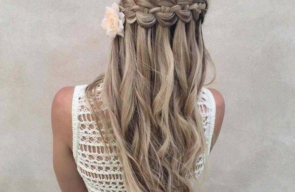 Wasserfall Frisur Haarschmuck Blume Frauen Frisuren Ideen