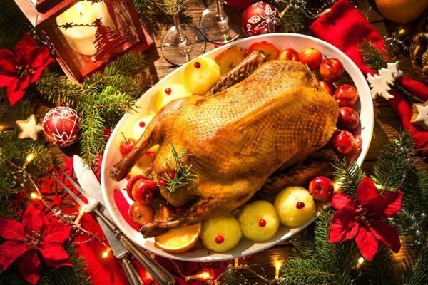 Weihnachtsgans traditionell zubereiten Rezept klassisch