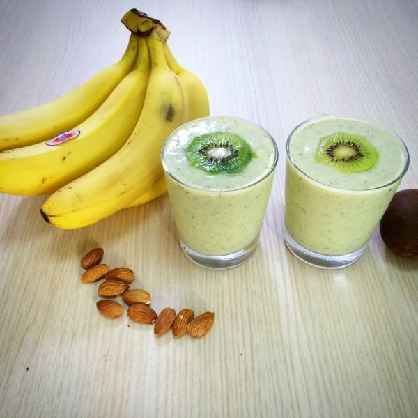 bananen und kiwi gesunde ideen winterfrüchte