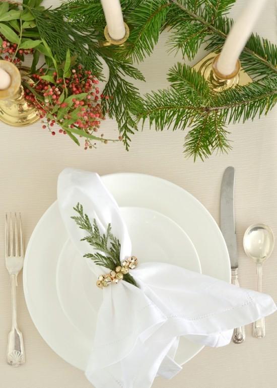 elegante serviettenringe mit kleinen glocken selber machen