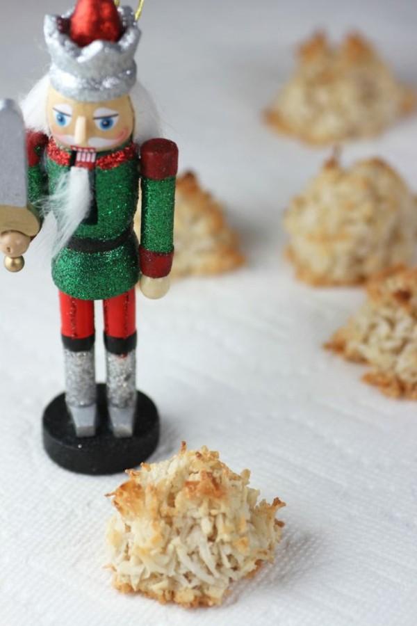 gesundes weihnachtliches dessert kokosmakronen
