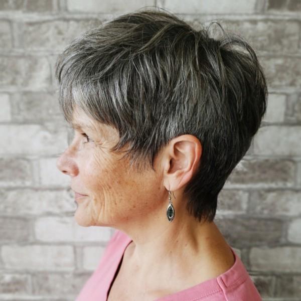 graue Haare Trends Damenfrisuren Pixie Frisur