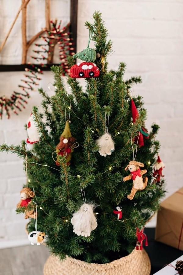 nachhaltige weihnachten weihnachtsbaum schmücken