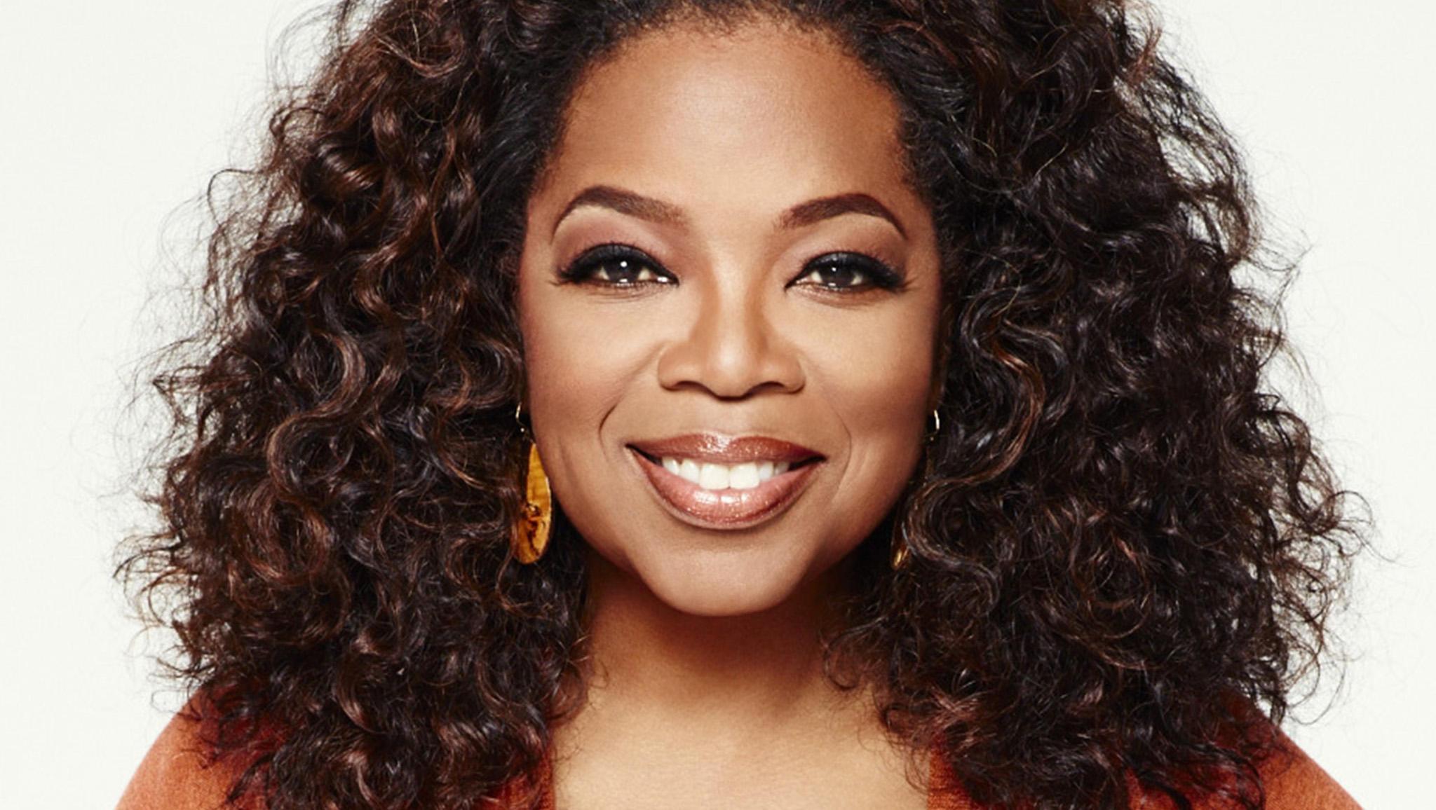 oprah miss universe 2019