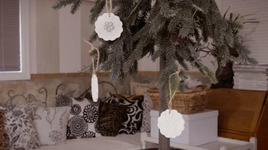 puristische weihnachtsdeko aus kaltporzellan selber machen
