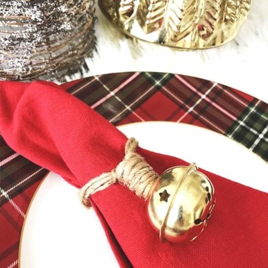 serviettenringe mit glocken und jute basteln