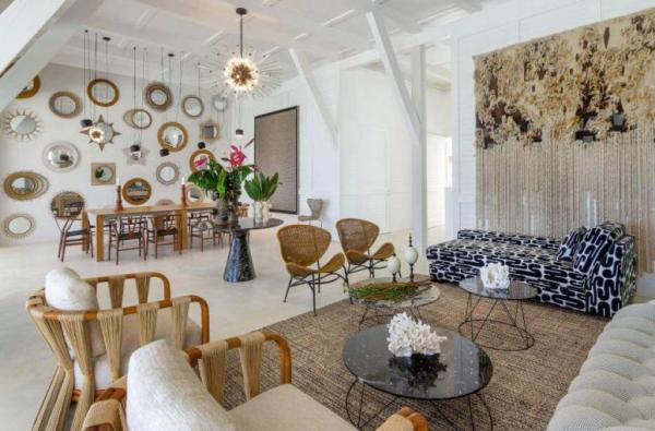 Aktuelle Farbpaletten im Wohnzimmer 2020 großer Raum warme Farben hell einladend den Wirrwarr vermeiden
