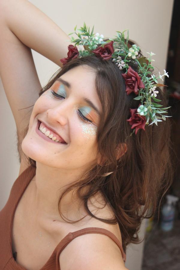 Blumen in den Haaren - Einfache Frisuren