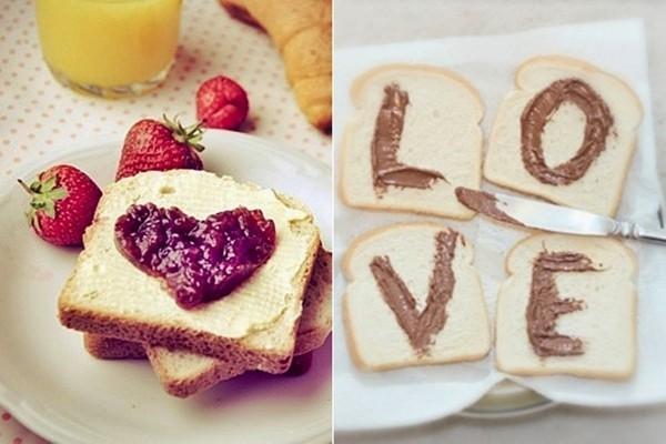 Brot und andere Ideen Valentinstag Frühstück