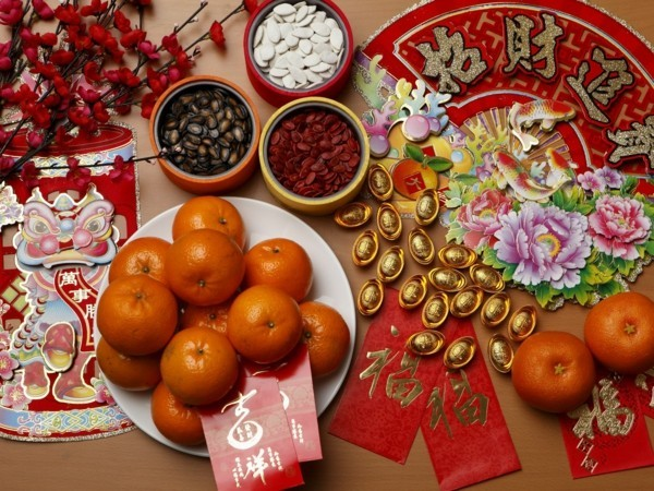 Chinesisches Neujahr 2020 traditionelle Glücksbringer