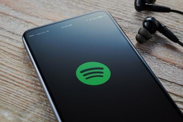 Die Top 10 wichtigsten Technologietrends des Jahrzehnts spotify musik handy