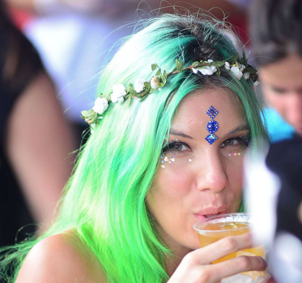 Einfache Frisuren - Haare Färben Karneval