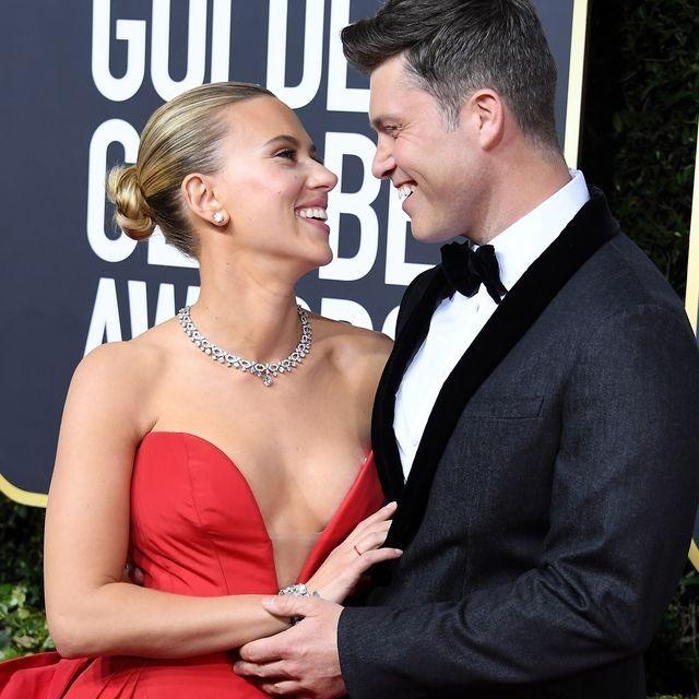 Golden Globe Awards 2020 Scarlett Johansson küsst ihren Verlobten Colin Jost auf dem roten Teppich