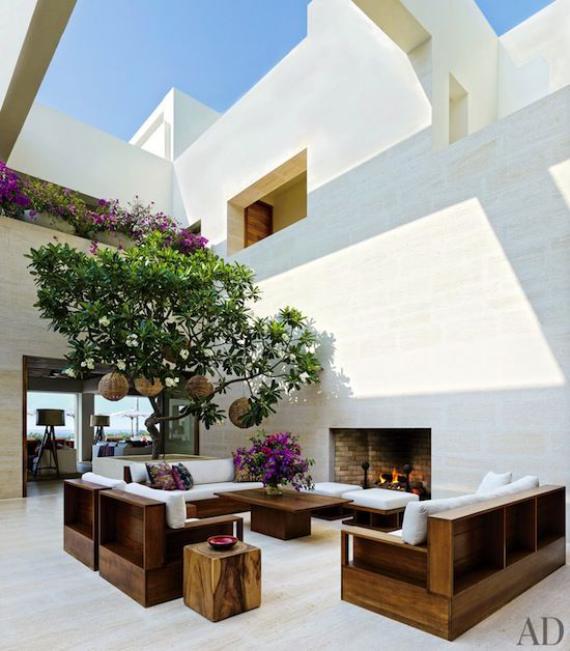 Innenhof stilvoll gestalten Sitzbereich unter freiem Himmel japanisches Design sehr einladend