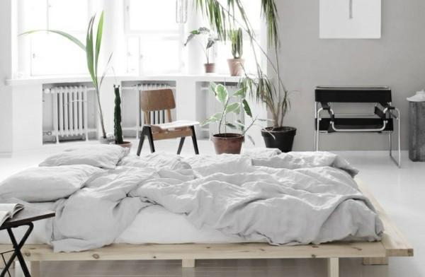 Japandi Wohntrends 2020 niedriges Bett Inneneinrichtung Ideen
