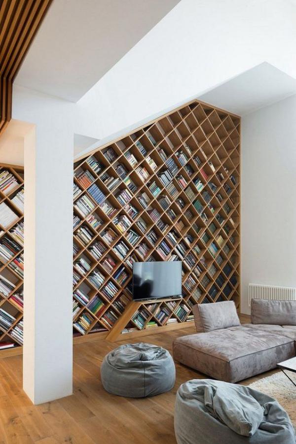 Moderne Hausbibliothek ruhiger Ort eingebaute Bücherwand schicke Lösung