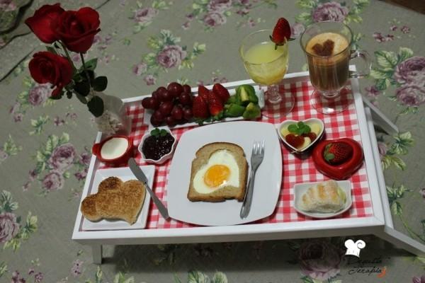 Valentinstag Frühstück im Bett Ideen