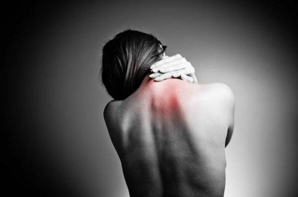 Witwenbuckel Kyphose Rückenschmerzen Rundrücken