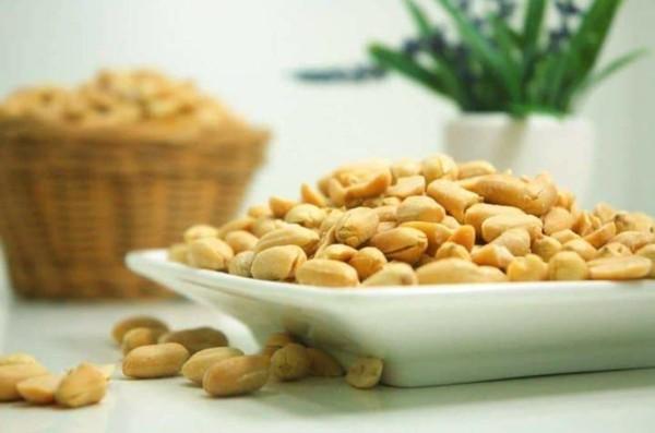 erdnüsse gesund snack