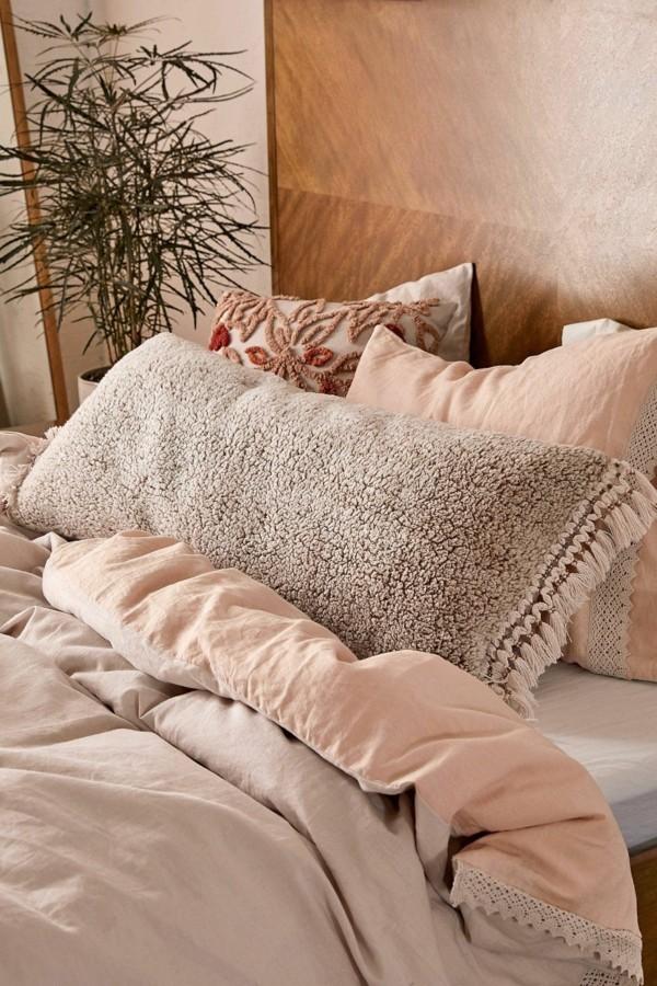 schlafzimmer mit dekostoffen einrichten