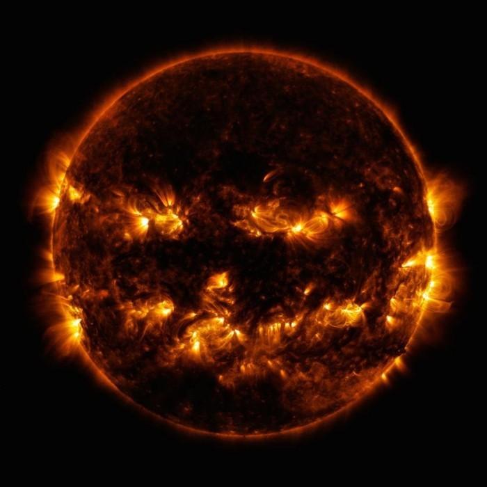 Das detaillierteste Foto, das je von der Sonne aufgenommen wurde halloween sonne nasa