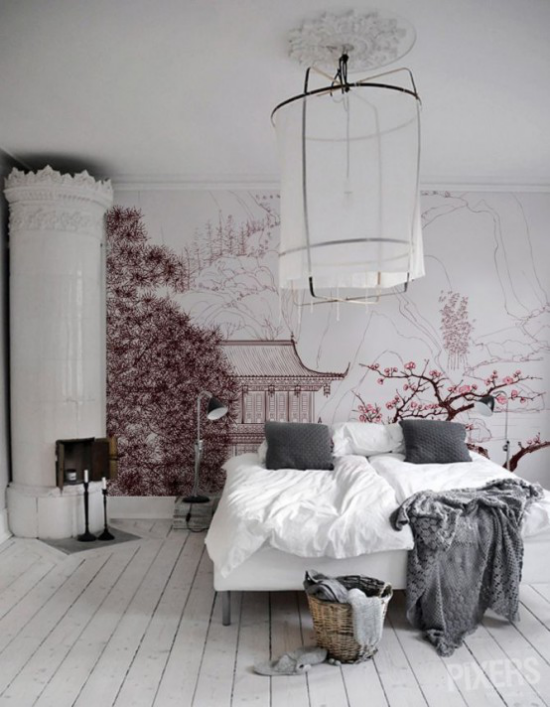 Frühlingsdeko mit Kirschblüten im Schlafzimmer