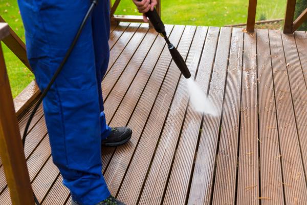 Ideen fuers Holz - Terrassenplatten reinigen