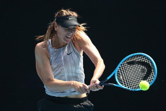 Maria Sharapowa Rücktritt vom professionellen Tennis auf dem Tennisplatz starker Charakter
