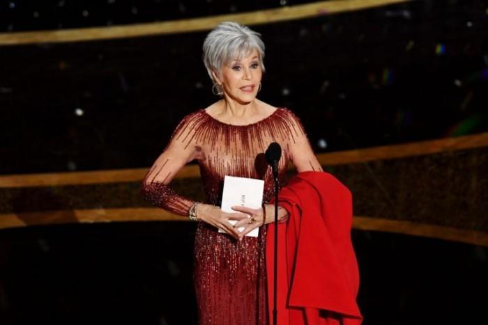 Oscars 2020 Jane Fonda perfekter Auftritt der Filmdiva graues Haar