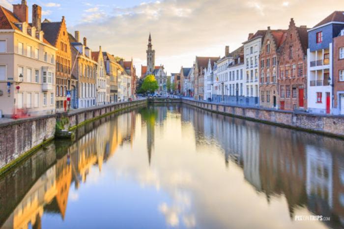 Reiseziele für Romantiker Brügge Belgien schöner Ort für verliebte Paare den Valentinstag feiern