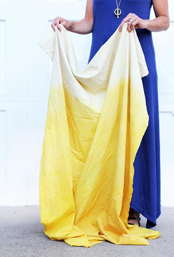 Stoff färben Textilien färben Kleidung färben natürlich färben Farbverlauf gelb