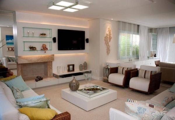 Tisch in der Mitte - Wohnzimmertisch deko