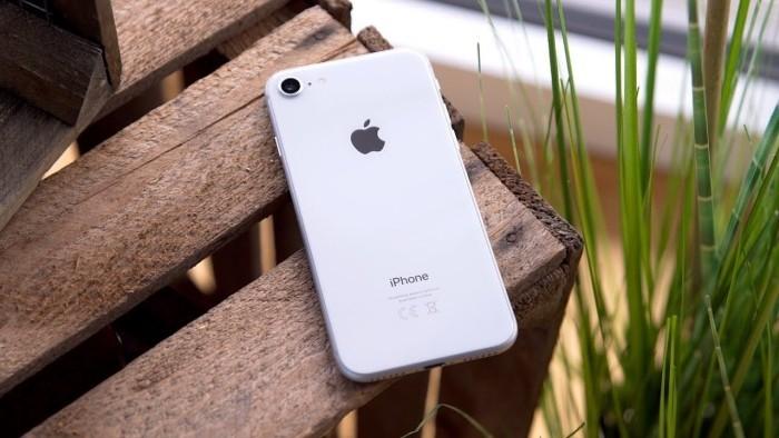 Wollen Sie ein iPhone 8 kaufen Das sollten Sie noch vorher wissen! hübsches design mit glas